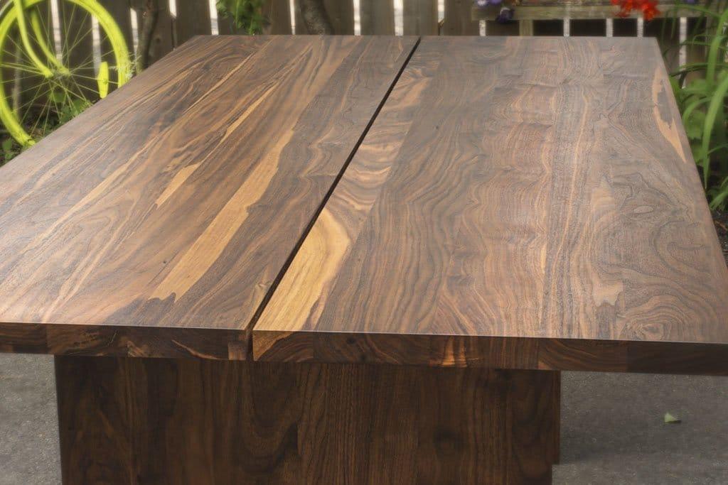 Solid Walnut Dinin Table